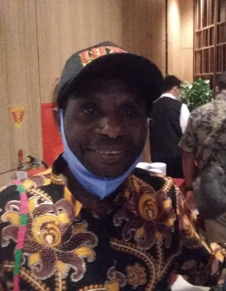 Moses Saiba - Kepala Distrik Hingk