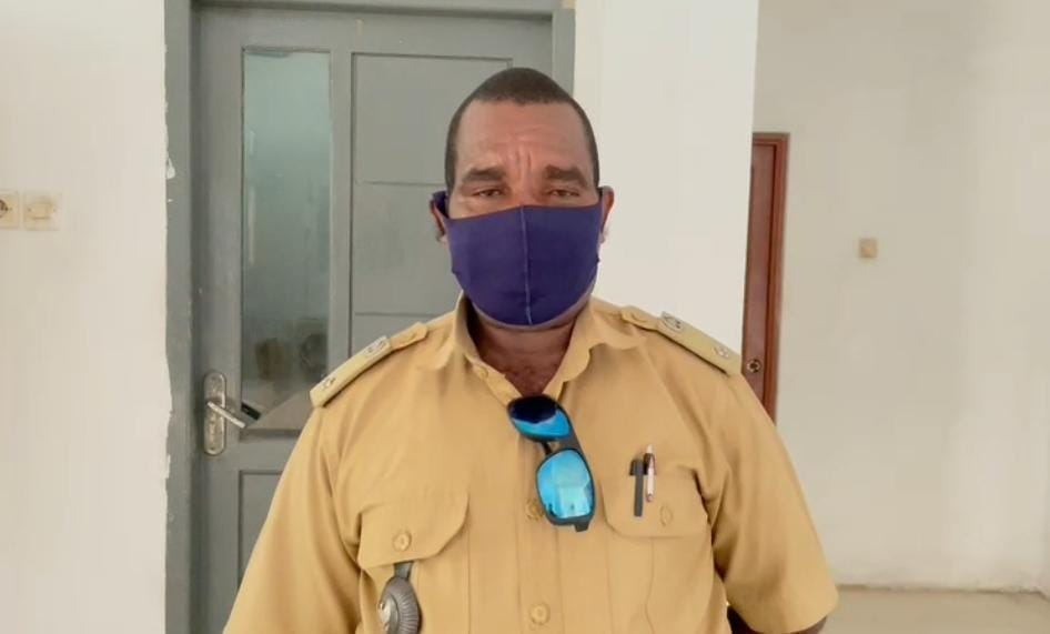 Marthen Simirbouw (Kepala Kampung Udopi Kab. Manokwari)